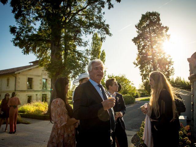 Le mariage de Louis et Solène à Bordeaux, Gironde 42