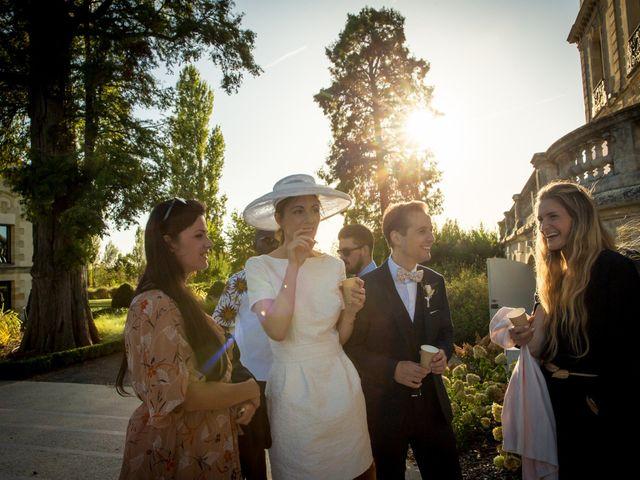 Le mariage de Louis et Solène à Bordeaux, Gironde 43