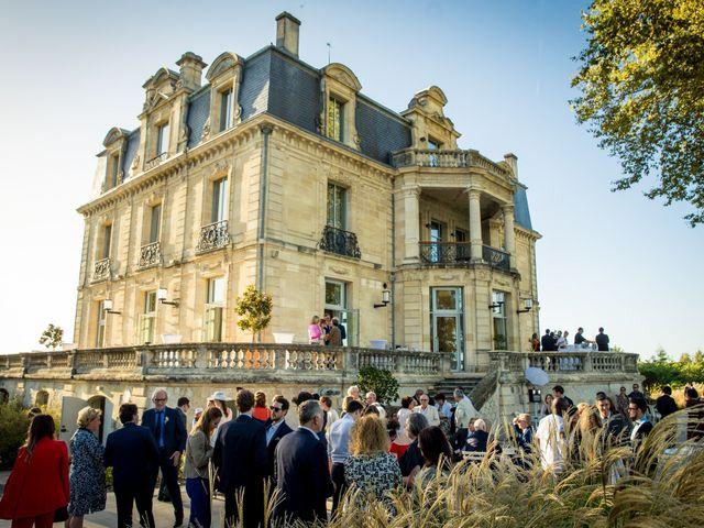 Le mariage de Louis et Solène à Bordeaux, Gironde 45