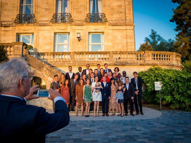 Le mariage de Louis et Solène à Bordeaux, Gironde 59