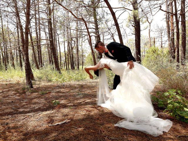 Le mariage de Léa et Matthieu à Bize-Minervois, Aude 18