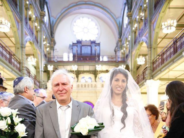 Le mariage de Eytan et Jessica à Bobigny, Seine-Saint-Denis 32