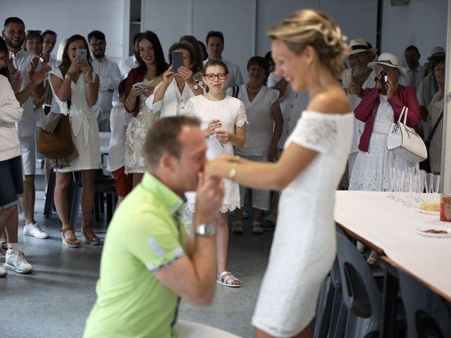 Le mariage de Sebastian et Laetitia à Tiffauges, Vendée 11