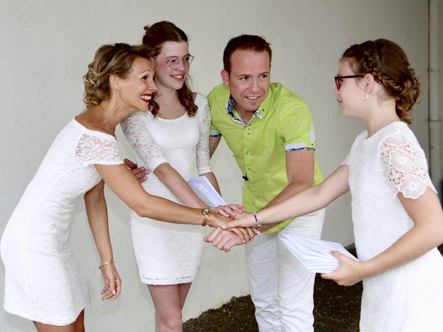 Le mariage de Sebastian et Laetitia à Tiffauges, Vendée 20