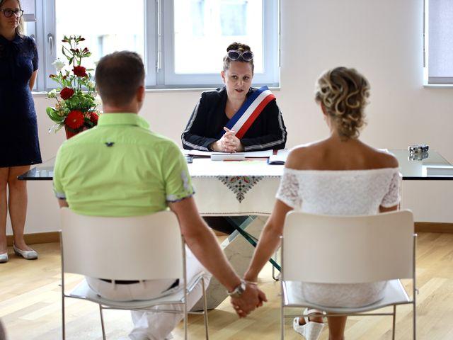 Le mariage de Sebastian et Laetitia à Tiffauges, Vendée 32
