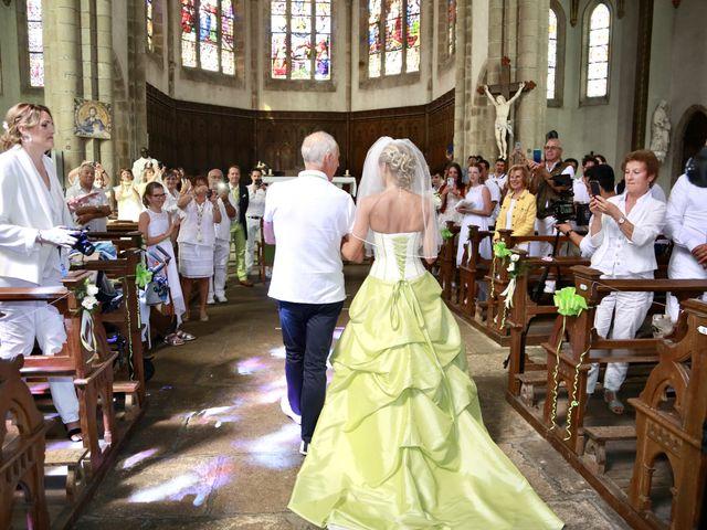Le mariage de Sebastian et Laetitia à Tiffauges, Vendée 45