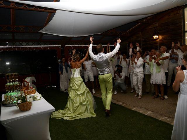 Le mariage de Sebastian et Laetitia à Tiffauges, Vendée 68