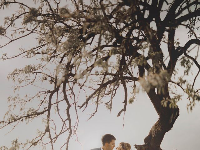 Le mariage de Etienne et Eleonore à Vallabrègues, Gard 36