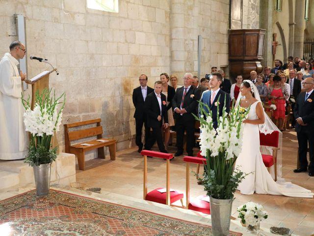 Le mariage de Rémi et Marie-Charlotte à Saint-Porchaire, Charente Maritime 30