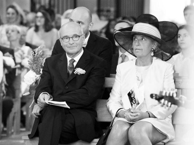 Le mariage de Rémi et Marie-Charlotte à Saint-Porchaire, Charente Maritime 34