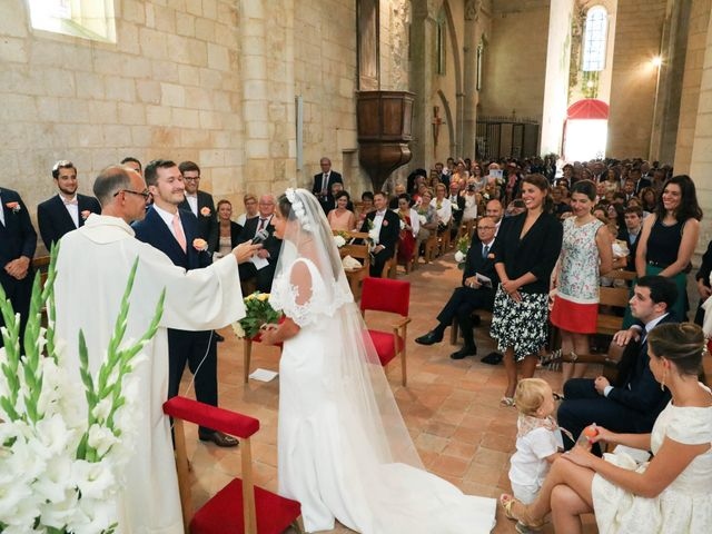 Le mariage de Rémi et Marie-Charlotte à Saint-Porchaire, Charente Maritime 36