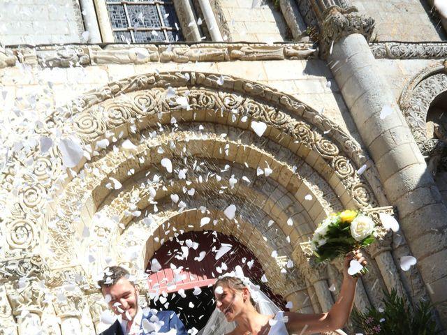 Le mariage de Rémi et Marie-Charlotte à Saint-Porchaire, Charente Maritime 51