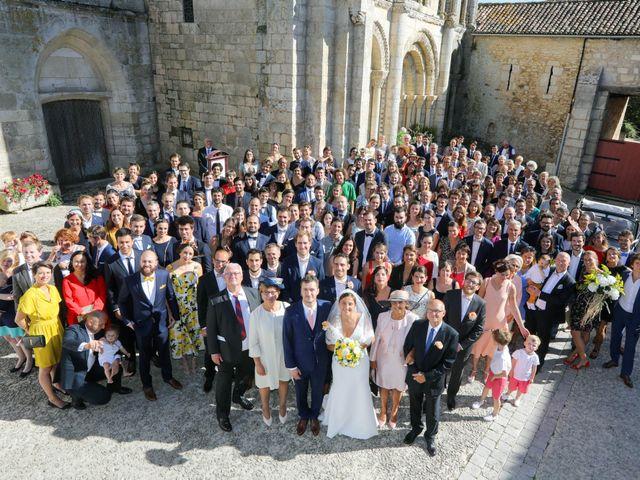 Le mariage de Rémi et Marie-Charlotte à Saint-Porchaire, Charente Maritime 53