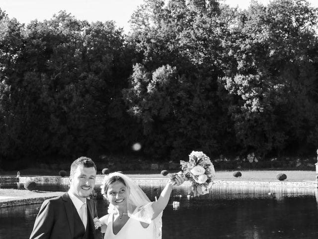Le mariage de Rémi et Marie-Charlotte à Saint-Porchaire, Charente Maritime 59