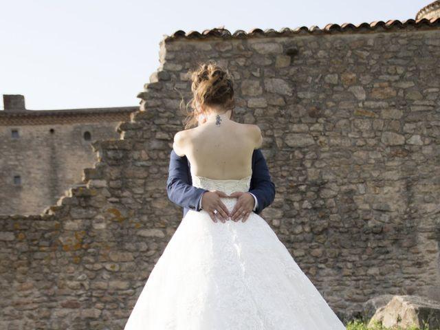 Le mariage de Fabrice et Sarah à Chambles, Loire 10