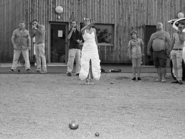 Le mariage de Laura et Jessica à Argentat, Corrèze 12