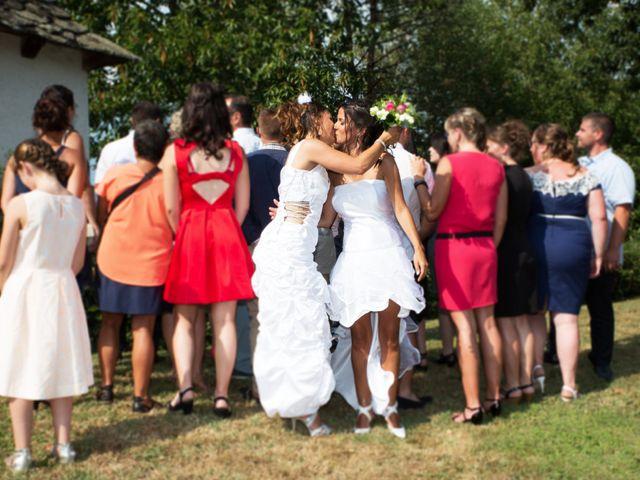 Le mariage de Laura et Jessica à Argentat, Corrèze 22