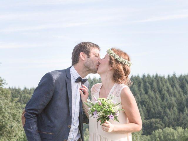 Le mariage de David et Maria à Saint-Denis-d'Orques, Sarthe 31