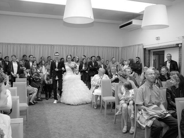 Le mariage de julien et virginie à Marcq-en-Baroeul, Nord 23