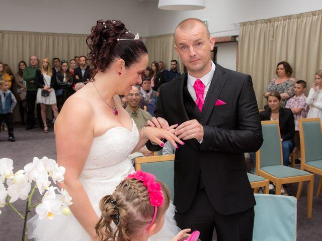 Le mariage de julien et virginie à Marcq-en-Baroeul, Nord 28