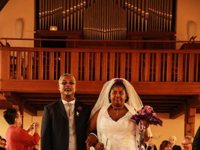 Le mariage de Emmanuel et Jessica à Oberhoffen-sur-Moder, Bas Rhin 18