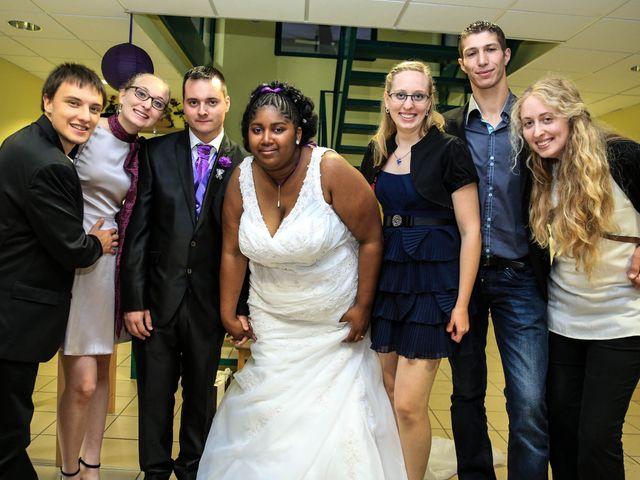 Le mariage de Emmanuel et Jessica à Oberhoffen-sur-Moder, Bas Rhin 30