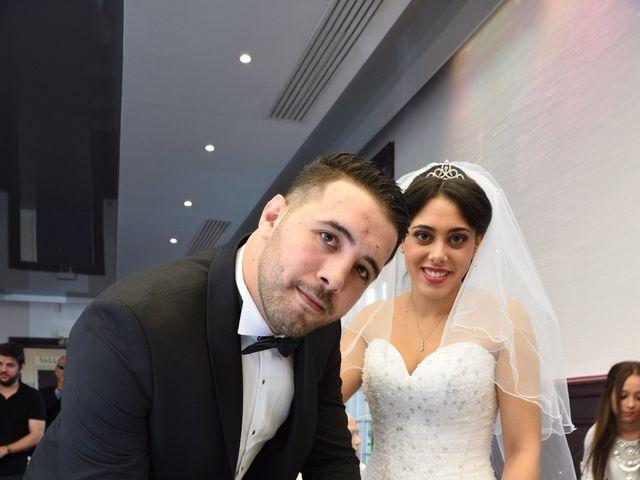 Le mariage de Walid et Baya à Paris, Paris 12