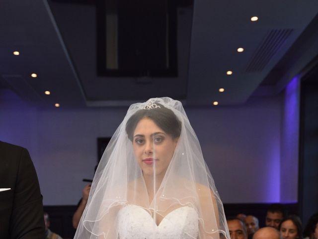 Le mariage de Walid et Baya à Paris, Paris 17