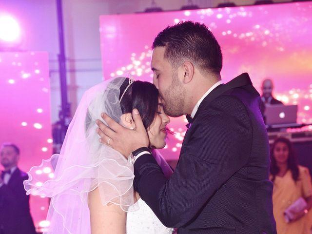 Le mariage de Walid et Baya à Paris, Paris 32