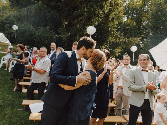Le mariage de Ludovic et Mylene à Entrammes, Mayenne 92