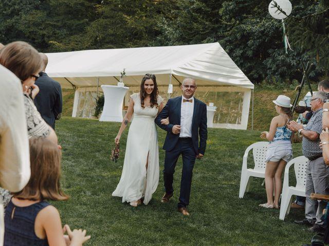 Le mariage de Ludovic et Mylene à Entrammes, Mayenne 93