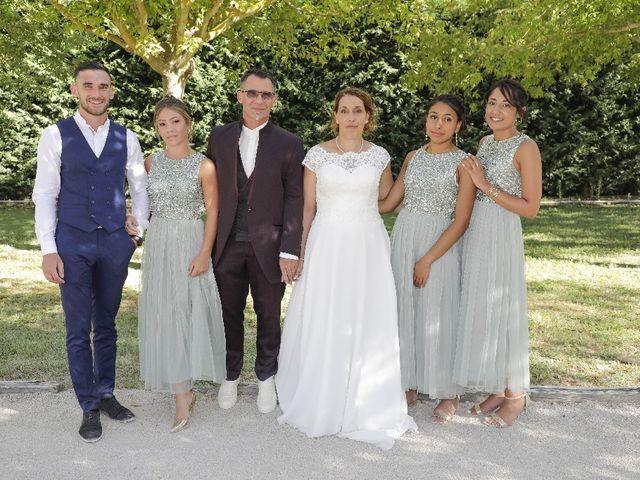 Le mariage de Pierre  et Celine à Mazan, Vaucluse 5