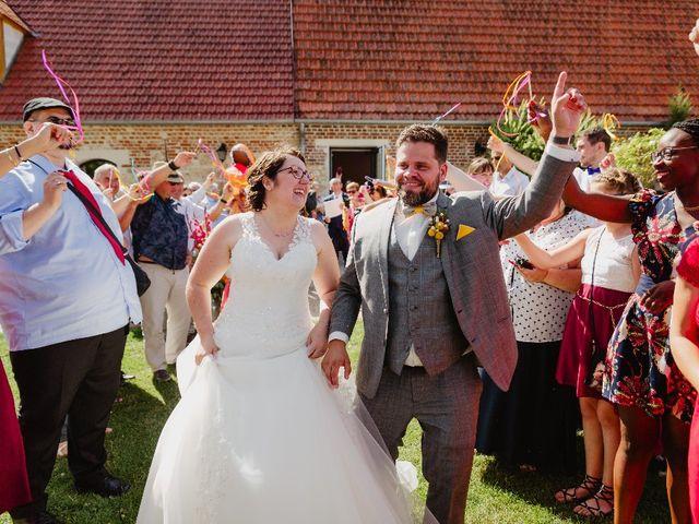 Le mariage de Dimitri et Laura à Chevincourt, Oise 21