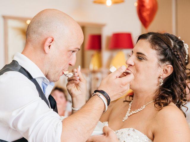 Le mariage de Nicolas et Carla à Lespignan, Hérault 62