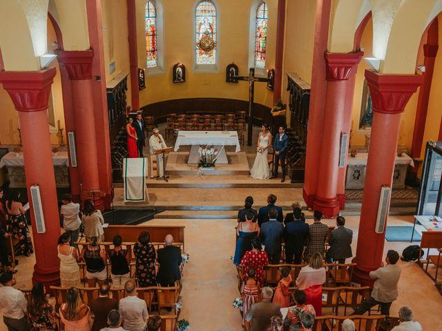 Le mariage de Julien et Tiphaine à Chambles, Loire 38
