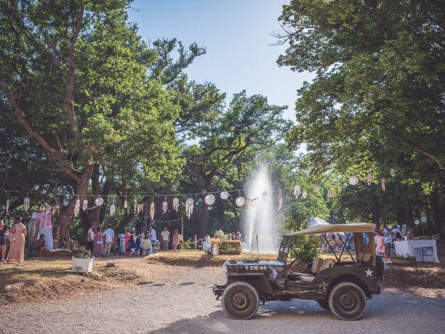 Le mariage de Loic et Laura à Saint-Cannat, Bouches-du-Rhône 4