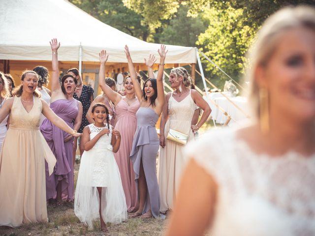 Le mariage de Loic et Laura à Saint-Cannat, Bouches-du-Rhône 25