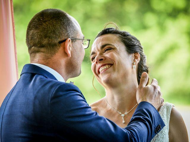 Le mariage de Emmanuel et Virginie à Montamisé, Vienne 29