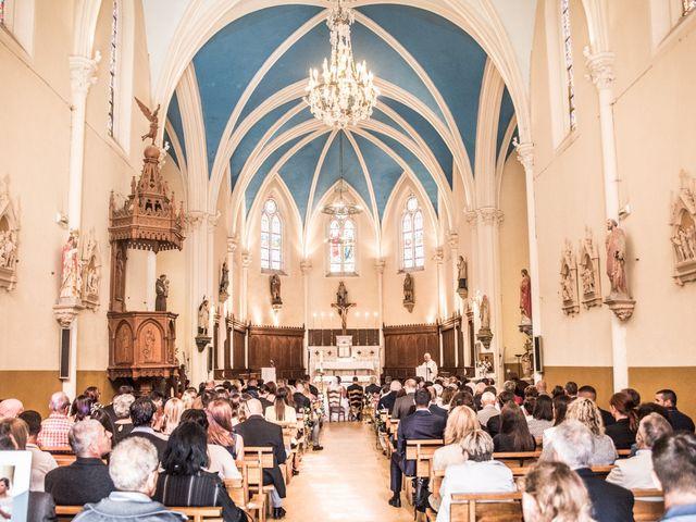 Le mariage de Aurélien et Alizée à Chaponnay, Rhône 35