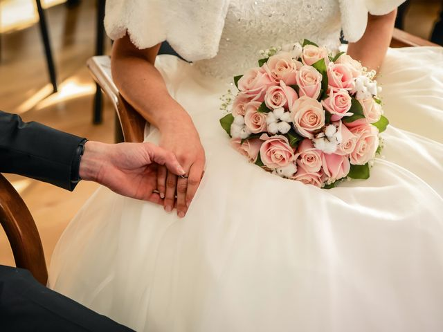 Le mariage de Adrien et Camille à Voisins-le-Bretonneux, Yvelines 20