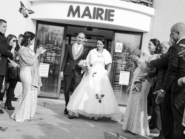 Le mariage de Adrien et Camille à Voisins-le-Bretonneux, Yvelines 30