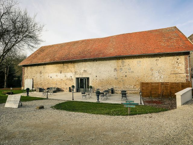 Le mariage de Adrien et Camille à Voisins-le-Bretonneux, Yvelines 34