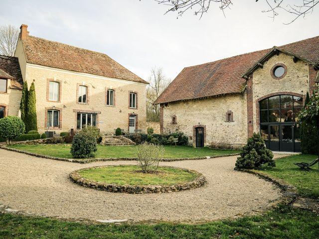 Le mariage de Adrien et Camille à Voisins-le-Bretonneux, Yvelines 36