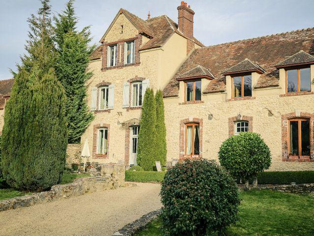 Le mariage de Adrien et Camille à Voisins-le-Bretonneux, Yvelines 37