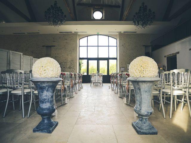 Le mariage de Adrien et Camille à Voisins-le-Bretonneux, Yvelines 38