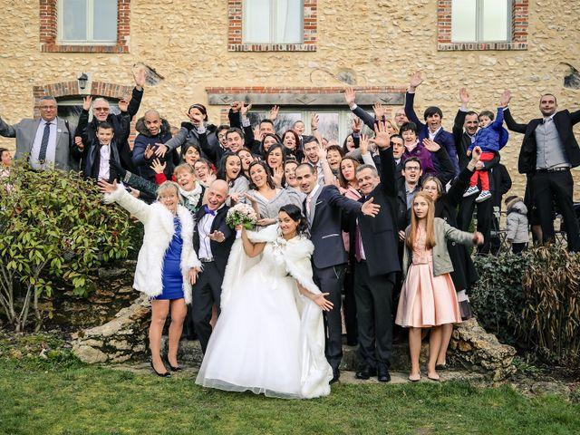 Le mariage de Adrien et Camille à Voisins-le-Bretonneux, Yvelines 57