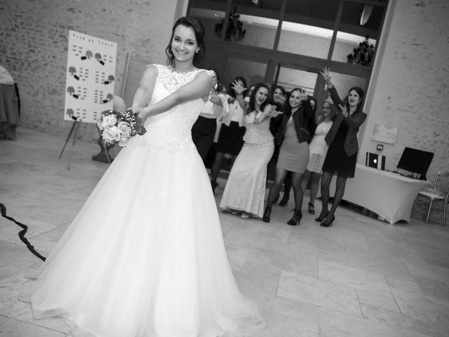 Le mariage de Adrien et Camille à Voisins-le-Bretonneux, Yvelines 84
