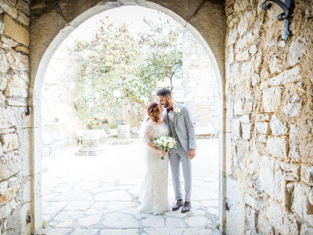 Le mariage de Amr et Daphnée à Saint-Pierre-Lafeuille, Lot 15