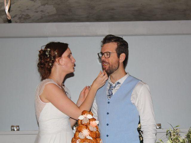 Le mariage de Emmy et Camille à Lirac, Gard 4