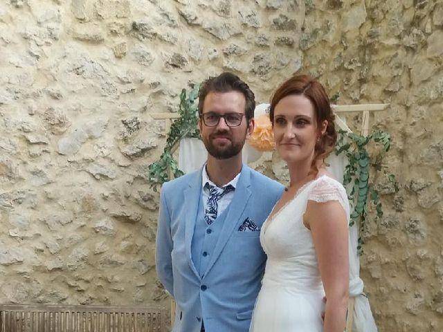 Le mariage de Emmy et Camille à Lirac, Gard 1
